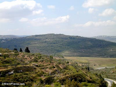 Samaria-from-north,-tb050800105-bibleplaces